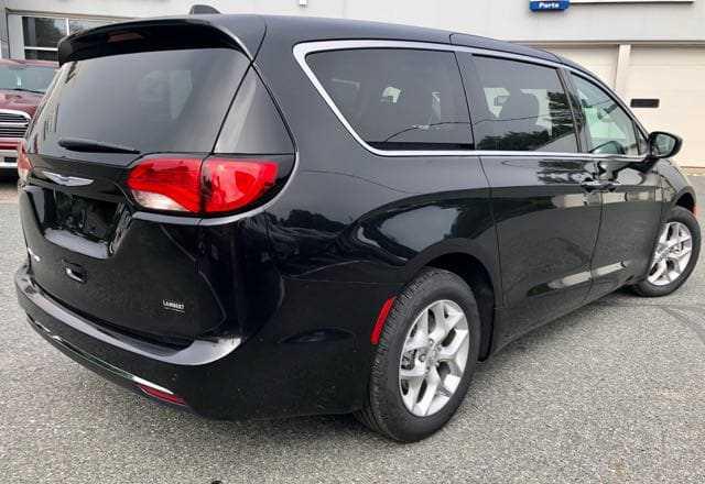 Chrysler Pacifica 2019 $36380.00 incacar.com