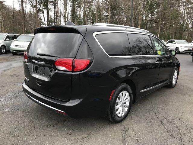 Chrysler Pacifica 2019 $32000.00 incacar.com