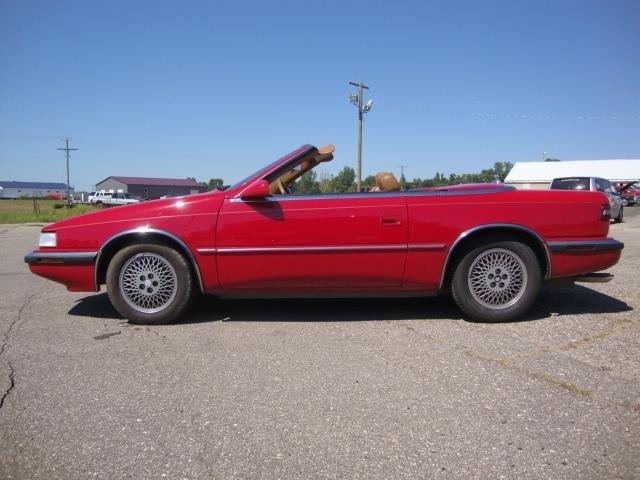 Chrysler TC 1989 $7950.00 incacar.com