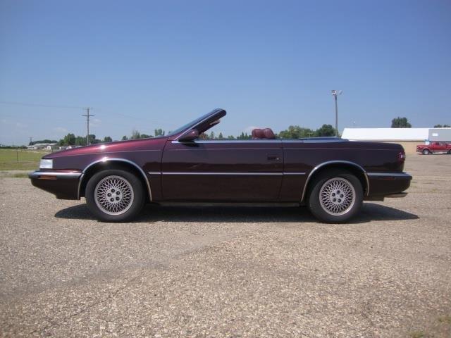 Chrysler TC 1989 $10950.00 incacar.com