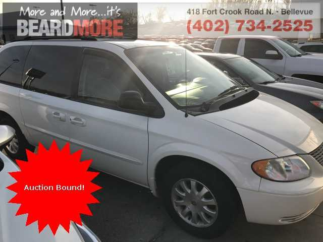 Chrysler TOWN & COUNTRY 2002 $4375.00 incacar.com