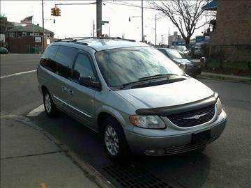 Chrysler TOWN & COUNTRY 2003 $1900.00 incacar.com