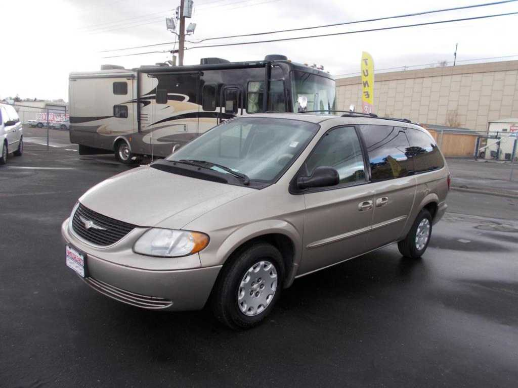 Chrysler TOWN & COUNTRY 2003 $1495.00 incacar.com