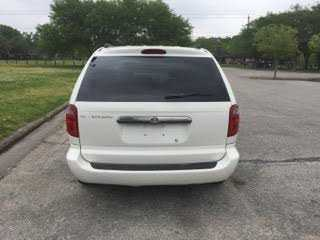 Chrysler TOWN & COUNTRY 2005 $2400.00 incacar.com