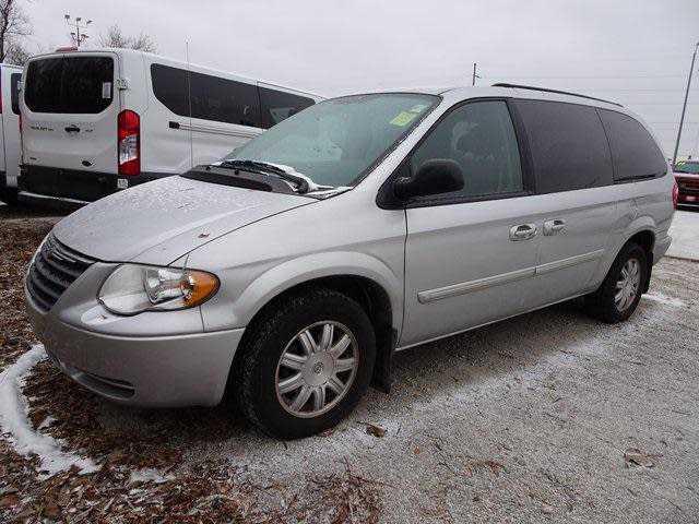 Chrysler TOWN & COUNTRY 2006 $1620.00 incacar.com