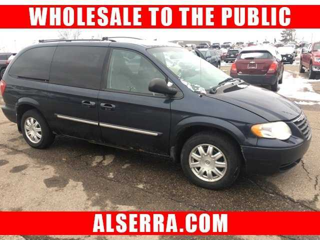 used Chrysler TOWN & COUNTRY 2007 vin: 2A4GP54L27R315730