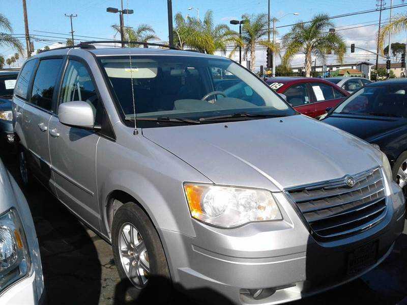 Chrysler TOWN & COUNTRY 2008 $6990.00 incacar.com