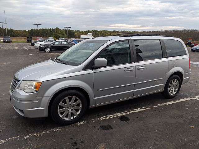 used Chrysler TOWN & COUNTRY 2008 vin: 2A8HR54P28R137058