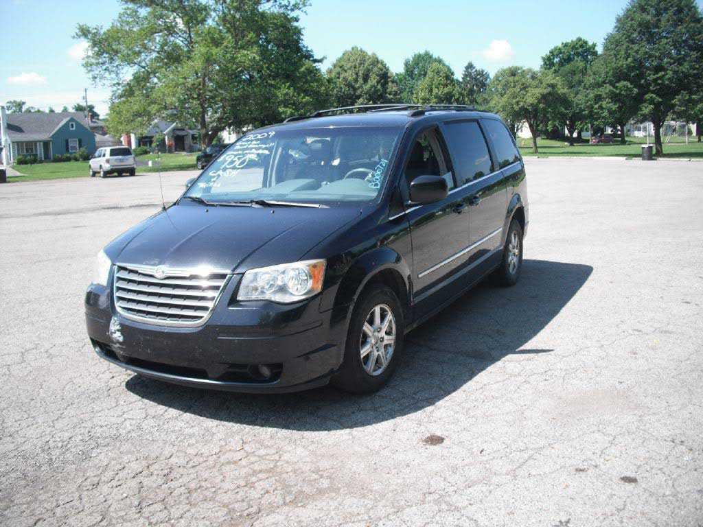 Chrysler TOWN & COUNTRY 2009 $950.00 incacar.com