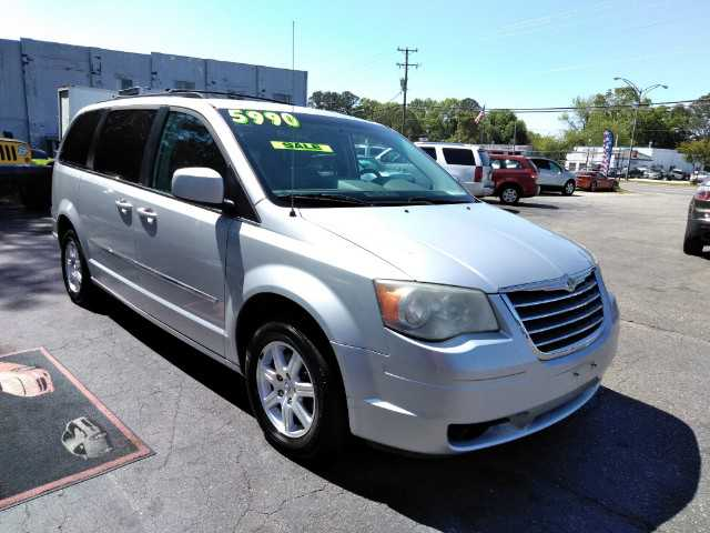 used Chrysler TOWN & COUNTRY 2009 vin: 2A8HR54159R648891