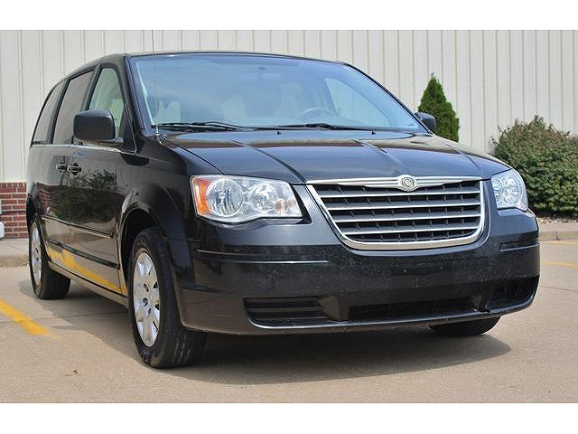 used Chrysler TOWN & COUNTRY 2010 vin: 2A4RR4DE0AR103950