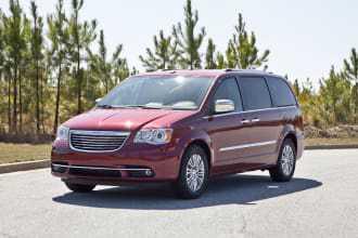 Chrysler TOWN & COUNTRY 2012 $4500.00 incacar.com