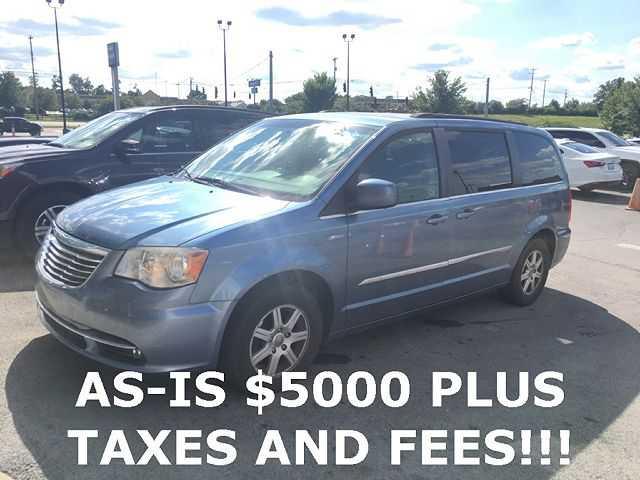 Chrysler TOWN & COUNTRY 2012 $4900.00 incacar.com