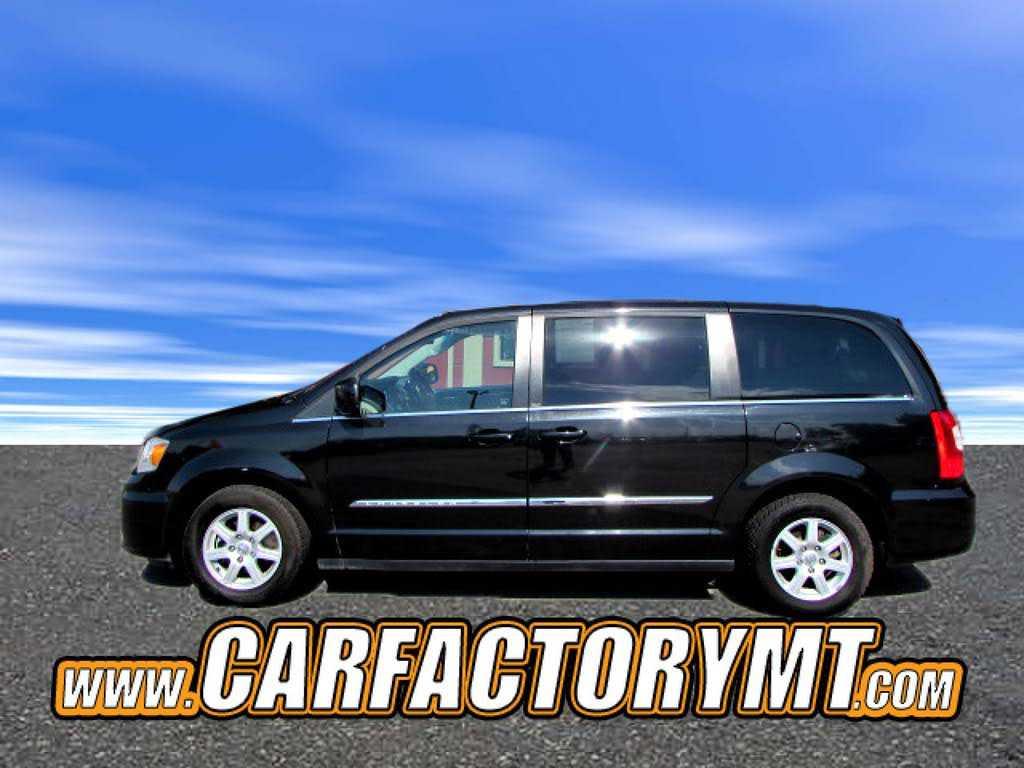 Chrysler TOWN & COUNTRY 2012 $9990.00 incacar.com
