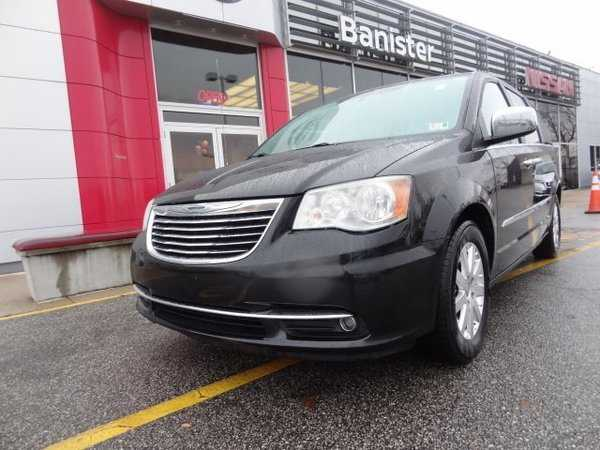 Chrysler TOWN & COUNTRY 2012 $10999.00 incacar.com