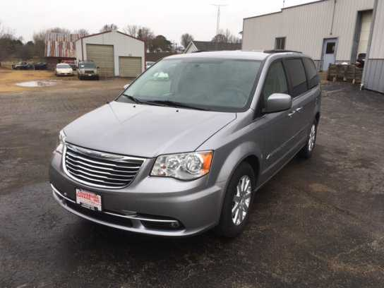 Chrysler TOWN & COUNTRY 2013 $15995.00 incacar.com