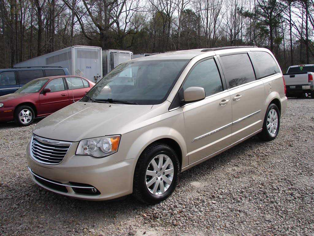 Chrysler TOWN & COUNTRY 2013 $11000.00 incacar.com