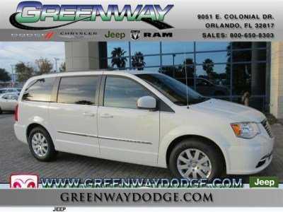 Chrysler TOWN & COUNTRY 2013 $30885.00 incacar.com