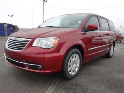 Chrysler TOWN & COUNTRY 2013 $29990.00 incacar.com
