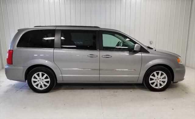 Chrysler TOWN & COUNTRY 2014 $12900.00 incacar.com