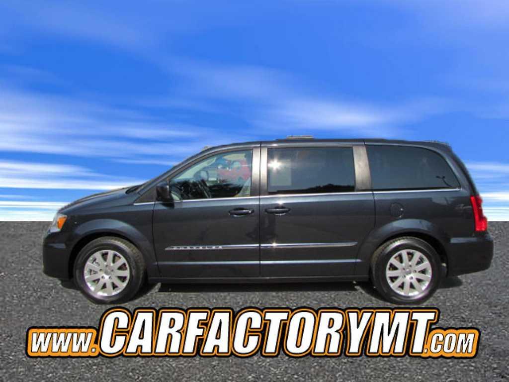 Chrysler TOWN & COUNTRY 2014 $14990.00 incacar.com