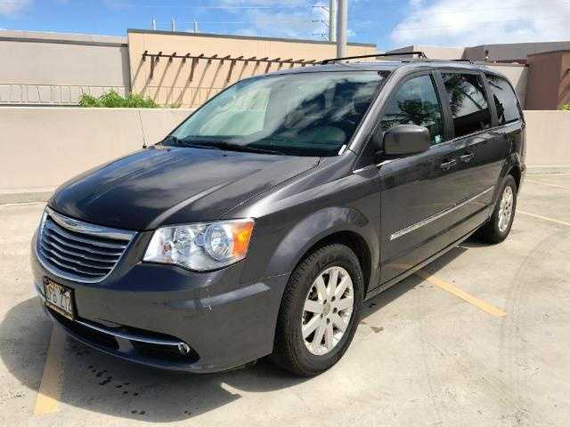 Chrysler TOWN & COUNTRY 2015 $22995.00 incacar.com