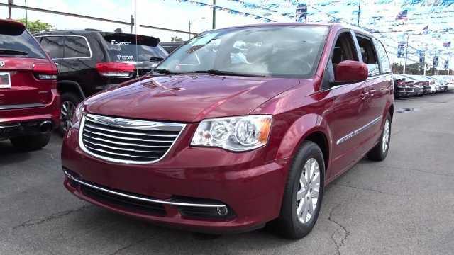 Chrysler TOWN & COUNTRY 2015 $16800.00 incacar.com