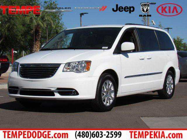 Chrysler TOWN & COUNTRY 2016 $22500.00 incacar.com