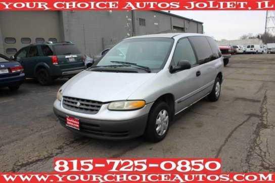 Chrysler Voyager 2000 $800.00 incacar.com