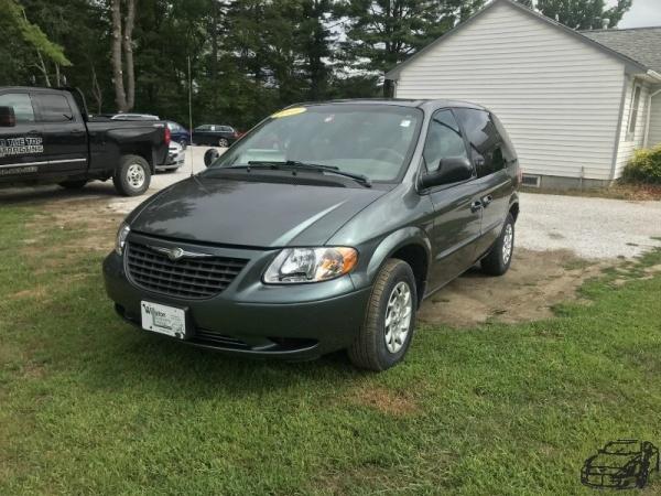 Chrysler Voyager 2003 $3485.00 incacar.com