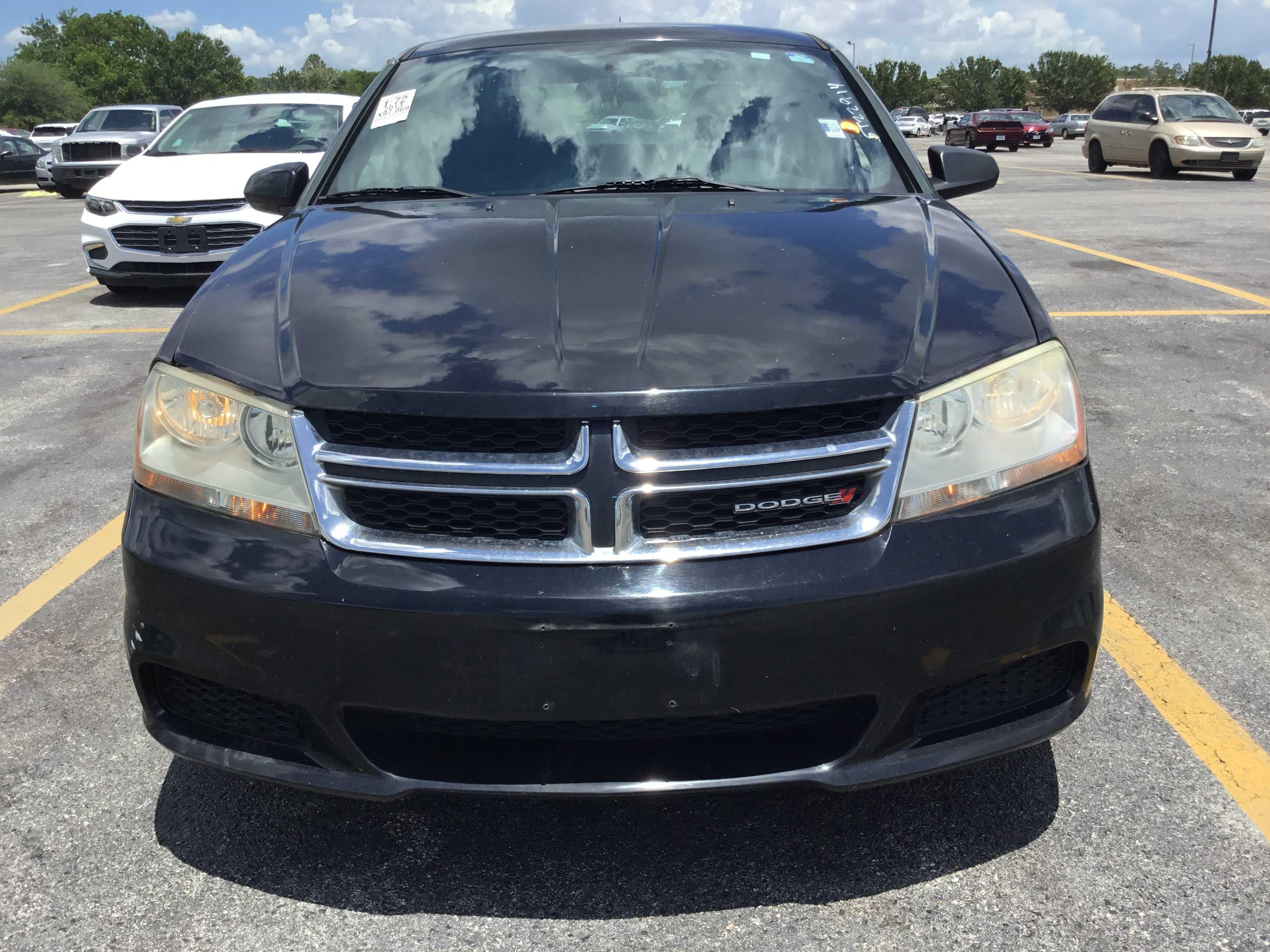 Dodge Avenger 2013 $3700.00 incacar.com