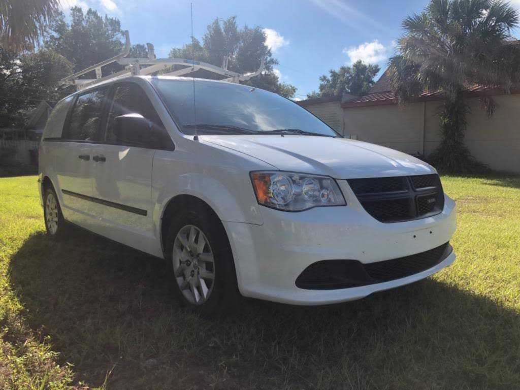 Dodge C/V 2014 $5995.00 incacar.com