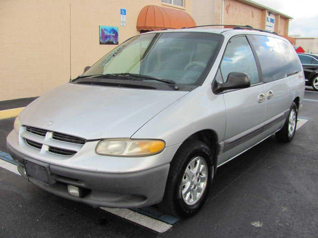 Dodge Caravan 1999 $600.00 incacar.com