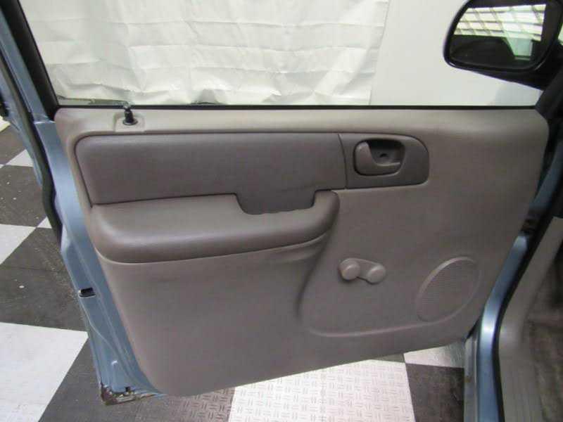 Dodge Caravan 2003 $2495.00 incacar.com