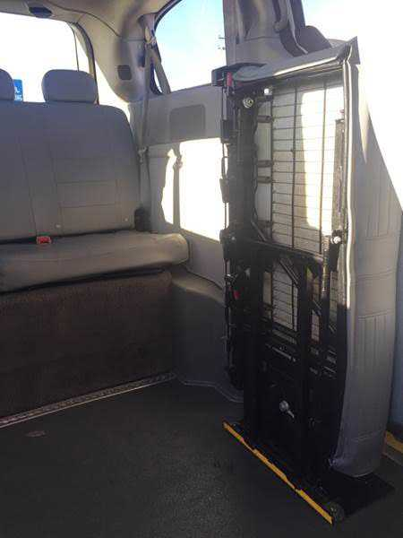 Dodge Caravan 2013 $8777.00 incacar.com