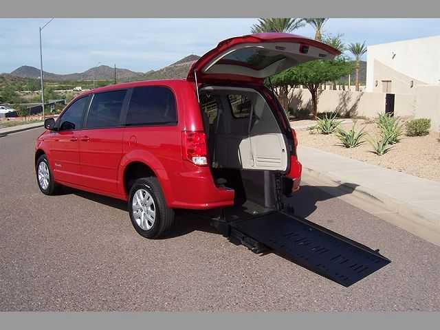 Dodge Caravan 2015 $19900.00 incacar.com
