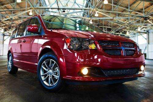 Dodge Caravan 2015 $18995.00 incacar.com