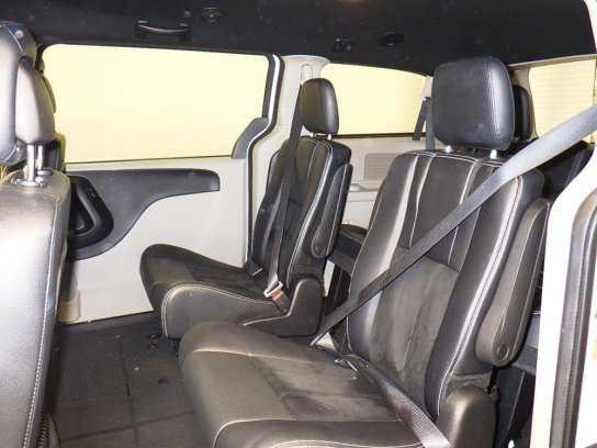 Dodge Caravan 2016 $16197.00 incacar.com