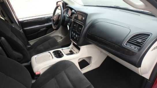 Dodge Caravan 2016 $18300.00 incacar.com
