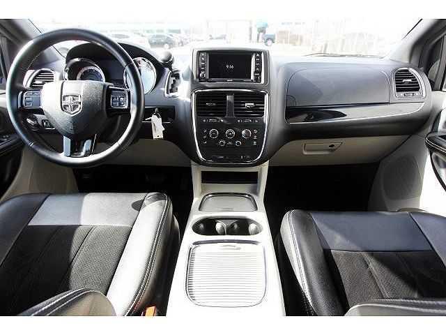 Dodge Caravan 2017 $17998.00 incacar.com