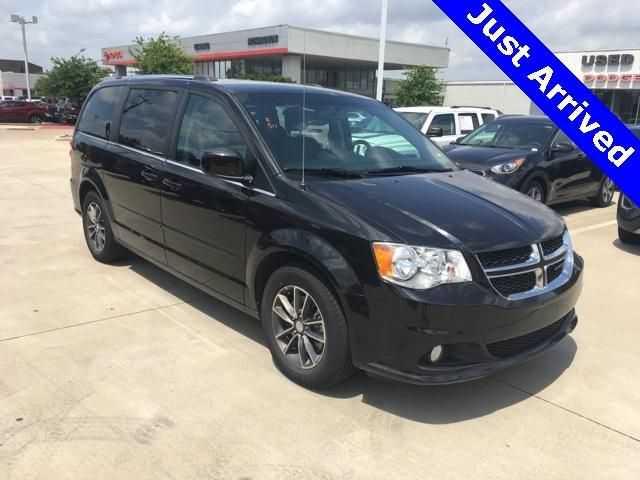 Dodge Caravan 2017 $16649.00 incacar.com