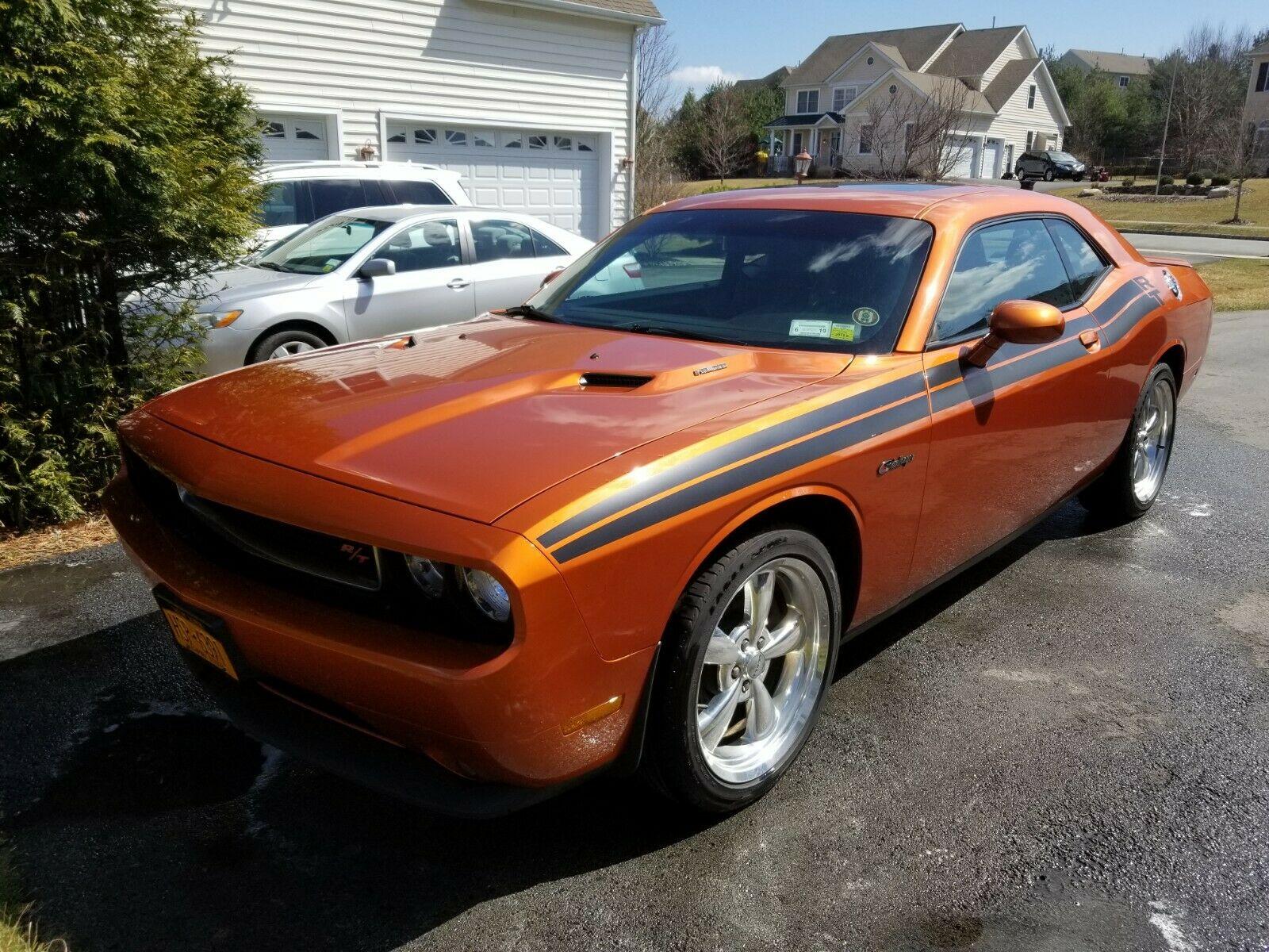 Dodge Challenger 2011 $19500.00 incacar.com