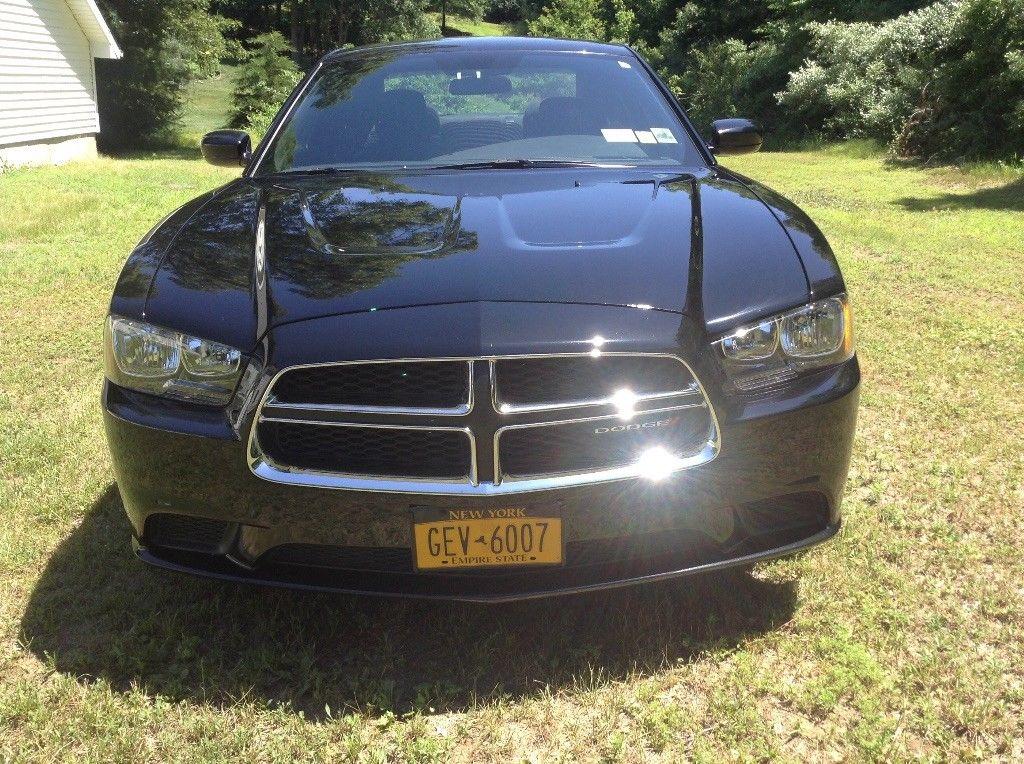 Dodge Charger 2012 $10000.00 incacar.com