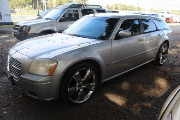 Dodge Magnum 2006 $5495.00 incacar.com