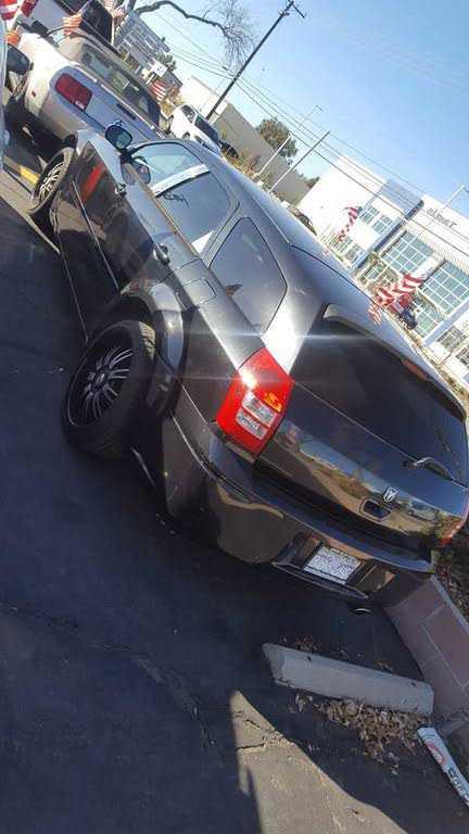 Dodge Magnum 2006 $3998.00 incacar.com