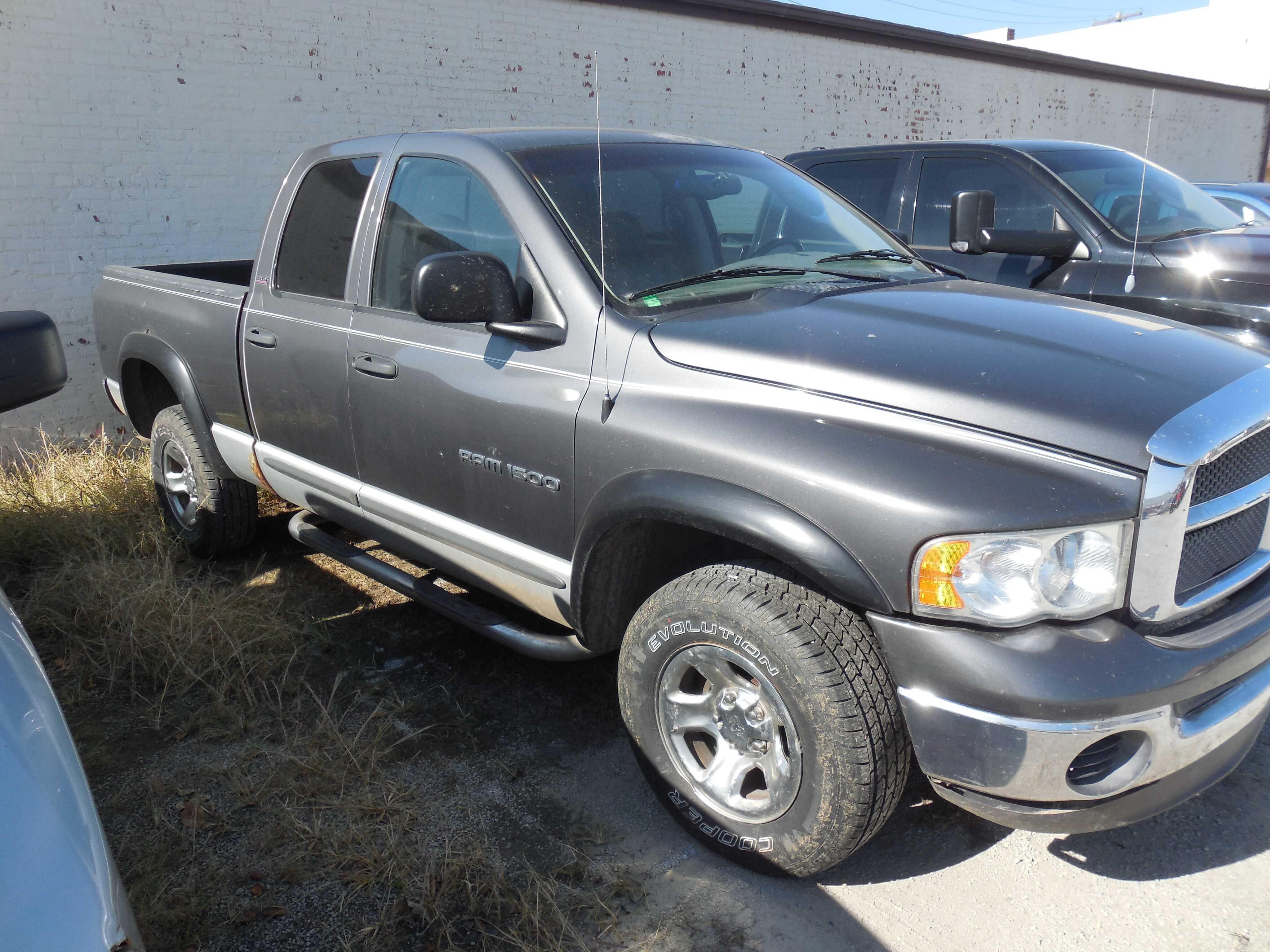 used Dodge Ram 1500 2002 vin: 1D7HU18N02S612127