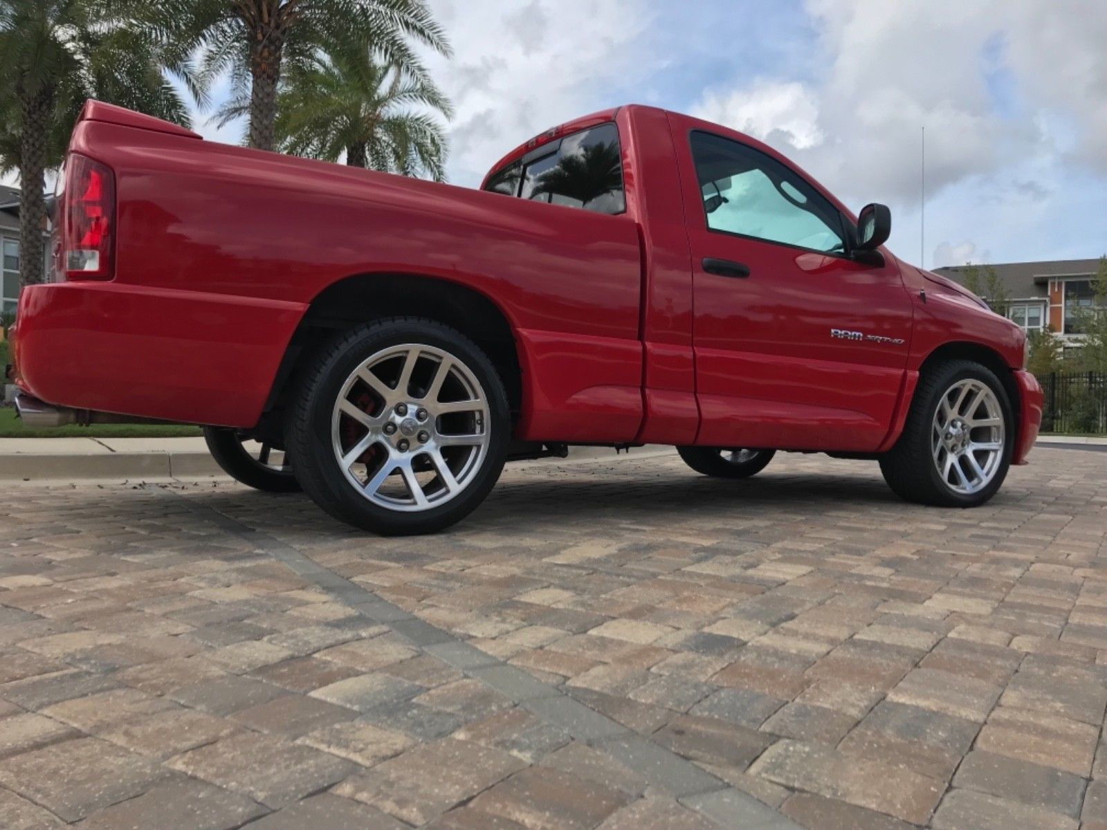 Dodge Ram 1500 2004 $18300.00 incacar.com