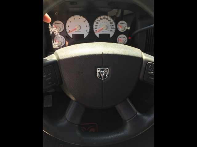 Dodge Ram 1500 2004 $3900.00 incacar.com