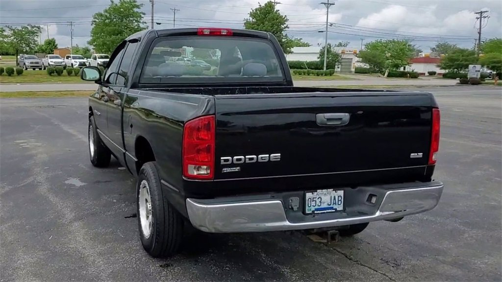 2005 Dodge Ram 1500 Truck SLT