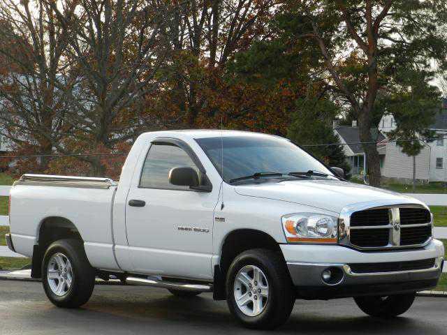 Dodge Ram 1500 2006 $15977.00 incacar.com